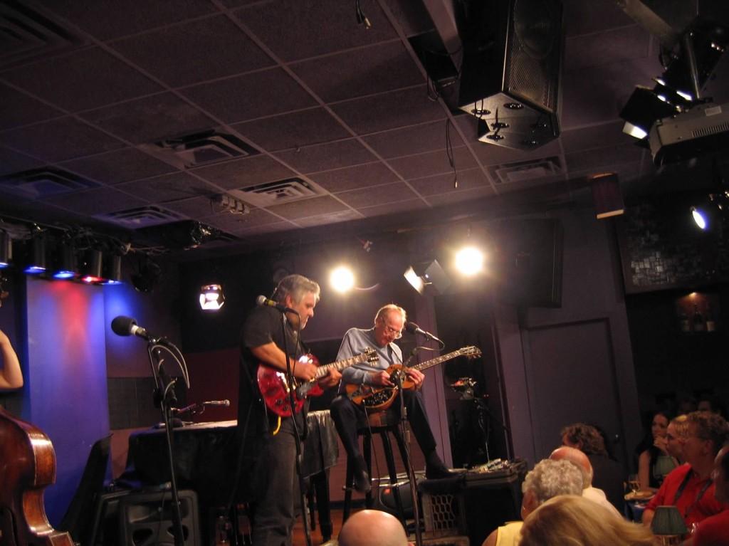 Roger  & Les 2005